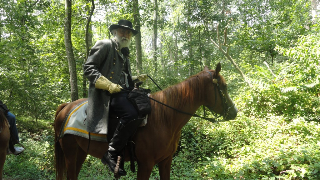 Gen. Lee and Lucy Long escorting guests on a trail ride on the Gettysburg Battlefield